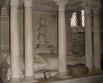 Fitz monument in Tavistock parish church